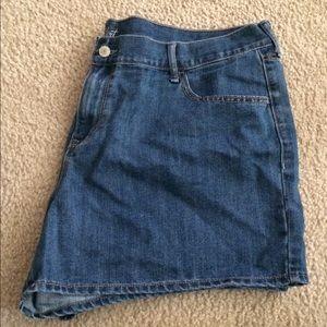 Old Navy size 20 short shorts